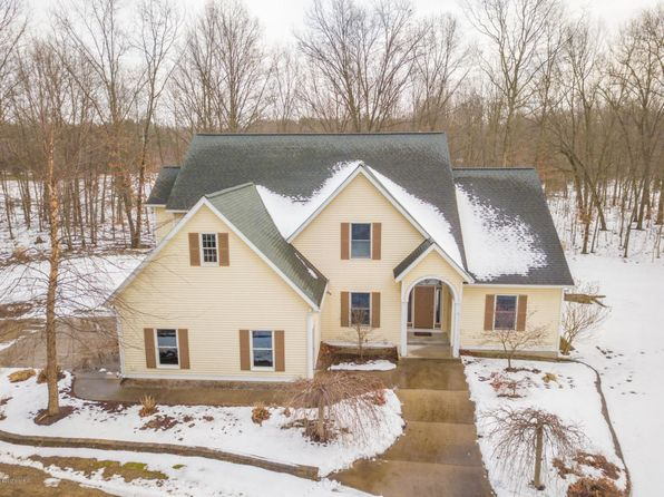 5 bed 5 bath Single Family at 3217 Riverwalk Dr Saugatuck, MI, 49453 is for sale at 595k - 1 of 43
