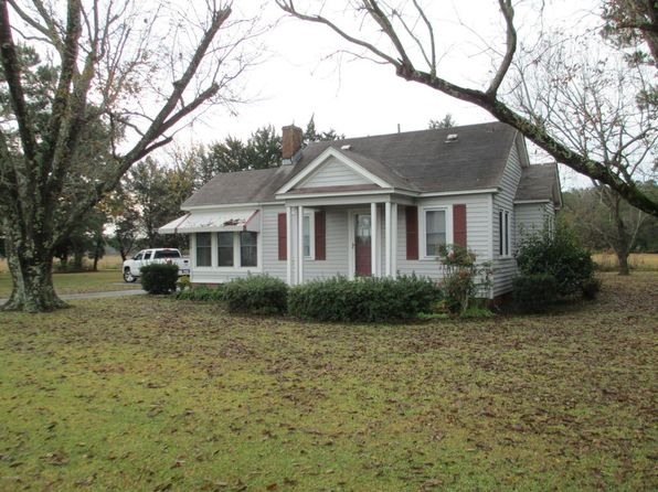 2 bed 1 bath Single Family at 558 Hwy 70 Bettie Beaufort, NC, 28516 is for sale at 130k - 1 of 11