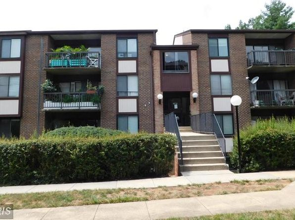 1 bed 1 bath Condo at 9712 Kingsbridge Dr Fairfax, VA, 22031 is for sale at 199k - 1 of 12