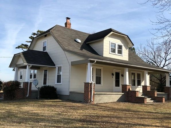 4 bed 2 bath Single Family at 1483 Walnut Hill Rd Blackstone, VA, 23824 is for sale at 300k - 1 of 32