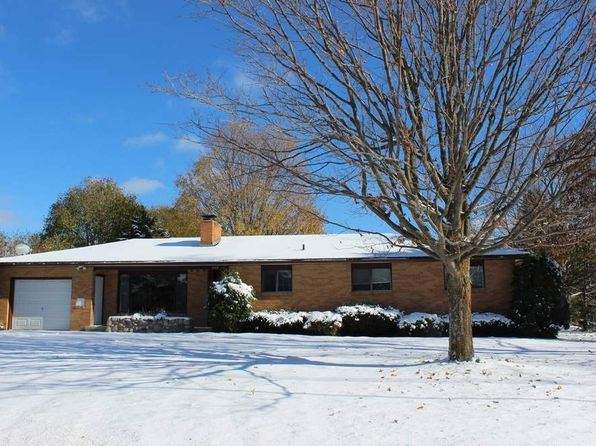 4 bed 2 bath Single Family at 309 S Division Rd Petoskey, MI, 49770 is for sale at 265k - 1 of 24