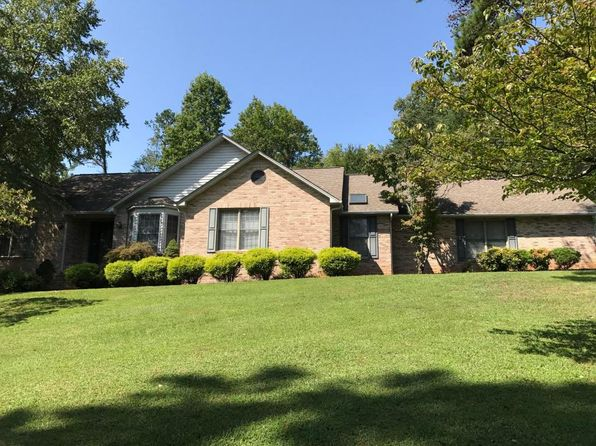 3 bed 2 bath Single Family at 611 Admiral Farragut Dr Seymour, TN, 37865 is for sale at 289k - 1 of 28