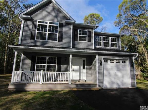 4 bed 3 bath Single Family at  HOLBROOK RD RONKONKOMA, NY, 11779 is for sale at 430k - 1 of 19