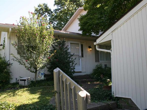 2 bed 3 bath Condo at 11591 Village Ln Evansville, IN, 47725 is for sale at 128k - 1 of 31