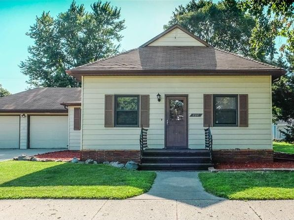 2 bed 1 bath Single Family at 404 S Main St Woodward, IA, 50276 is for sale at 138k - 1 of 25