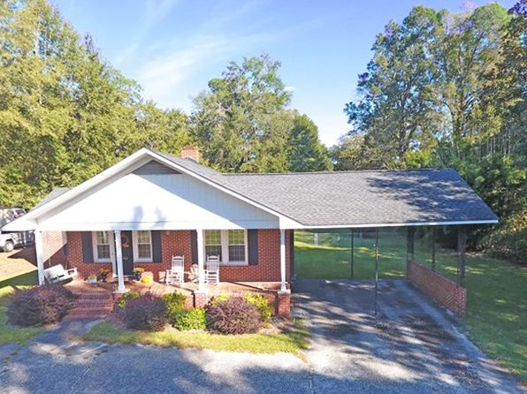 3 bed 2 bath Single Family at 6 N Church St Summerton, SC, 29148 is for sale at 160k - 1 of 45