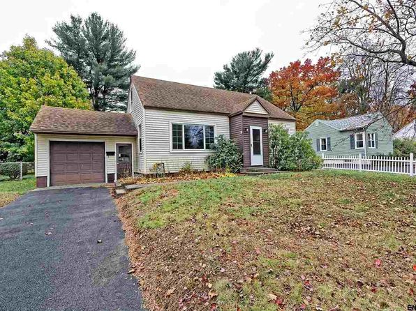 4 bed 1 bath Single Family at 37 Tull Dr Colonie, NY, 12205 is for sale at 155k - 1 of 25