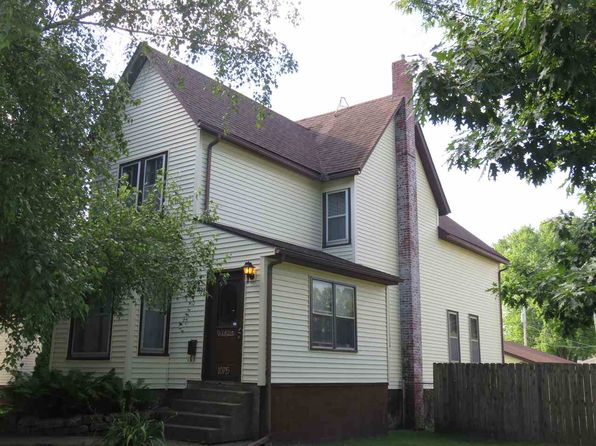 4 bed 2 bath Single Family at 1075 7th Ave S Clinton, IA, 52732 is for sale at 66k - 1 of 16