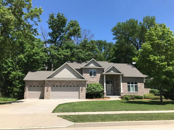 4 bed 4.1 bath Single Family at 370 Secretariat Pl Mt Zion, IL, 62549 is for sale at 365k - 1 of 32