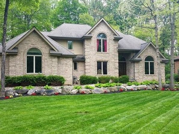 4 bed 5 bath Single Family at 1306 Kings Pointe Rd Grand Blanc, MI, 48439 is for sale at 310k - 1 of 14