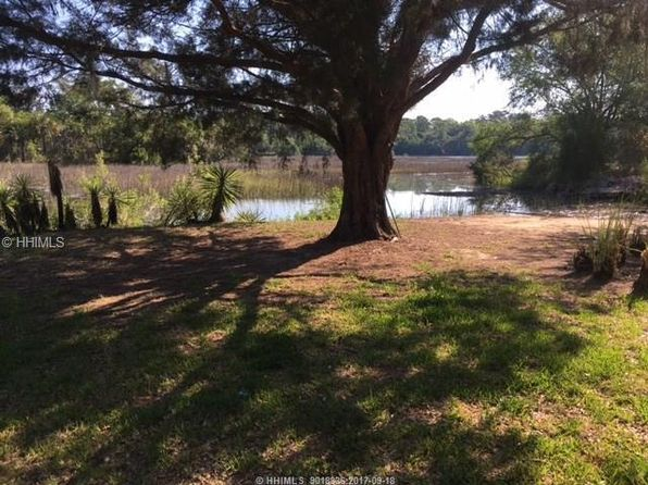 4 bed 3 bath Single Family at 1 Sarahbecca Dr Bluffton, SC, 29910 is for sale at 430k - 1 of 9