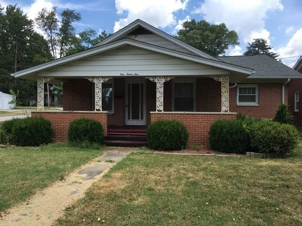 3 bed 3 bath Single Family at 131 Vine St Oakland City, IN, 47660 is for sale at 90k - 1 of 22