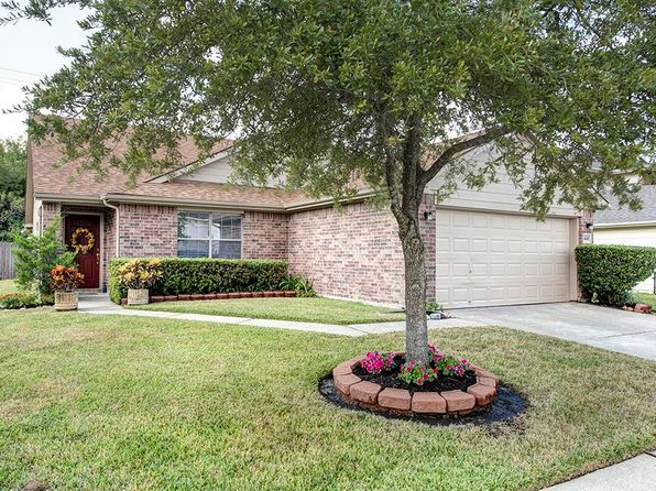 3 bed 3 bath Single Family at 8019 Eastpoint Blvd Baytown, TX, 77521 is for sale at 160k - 1 of 16