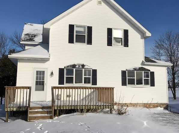 4 bed 2 bath Single Family at 1710 School Dr Sturgeon Bay, WI, 54235 is for sale at 170k - 1 of 11