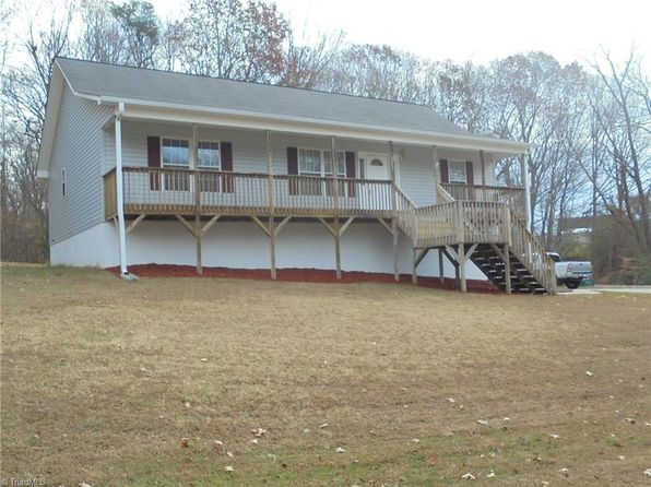 3 bed 3 bath Single Family at 6012 Greenvalley Rd Kernersville, NC, 27284 is for sale at 173k - 1 of 27
