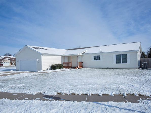 3 bed 2 bath Single Family at 952 17th Ave Silvis, IL, 61282 is for sale at 205k - 1 of 24