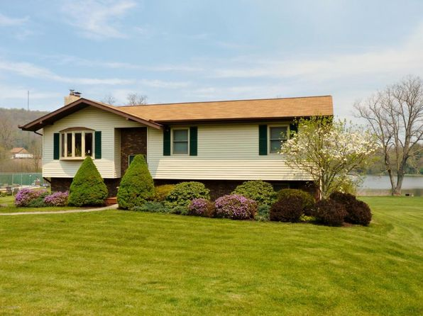 4 bed 2 bath Single Family at 533 Lakeview Rd White Haven, PA, 18661 is for sale at 170k - 1 of 29