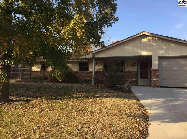 3 bed 2 bath Single Family at 1208 E 6th St Pratt, KS, 67124 is for sale at 140k - 1 of 20