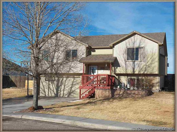 3 bed 2 bath Single Family at 2800 THOMAS RD CHEYENNE, WY, 82009 is for sale at 250k - 1 of 12