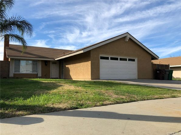 3 bed 2 bath Single Family at 24565 HEMLOCK AVE MORENO VALLEY, CA, 92557 is for sale at 270k - 1 of 16