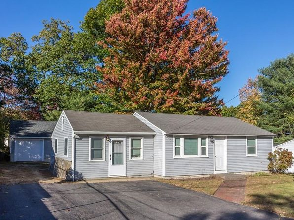 2 bed 1 bath Single Family at 46 LORCHRIS ST LEOMINSTER, MA, 01453 is for sale at 215k - 1 of 12