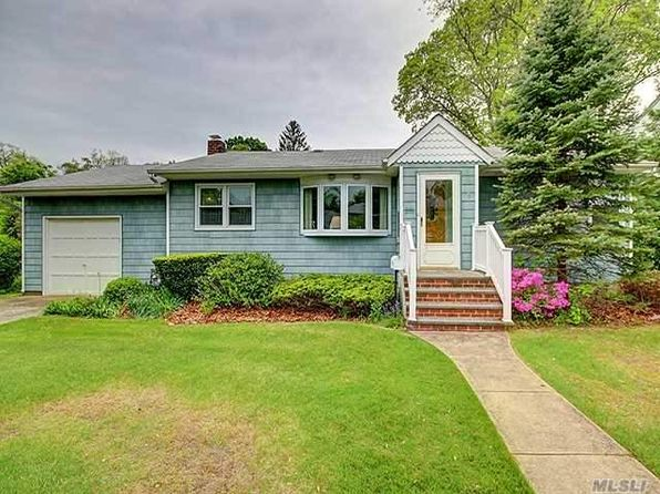 3 bed 1 bath Single Family at 418 Cooper Rd North Babylon, NY, 11703 is for sale at 325k - 1 of 16