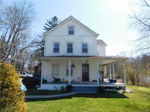 5 bed 2 bath Single Family at 56 Hill St Mahopac, NY, 10541 is for sale at 425k - 1 of 14