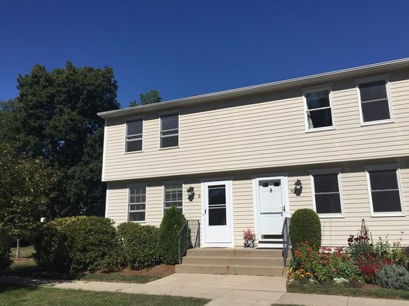 2 bed 2 bath Condo at 266 Grove St Northampton, MA, 01060 is for sale at 175k - 1 of 17