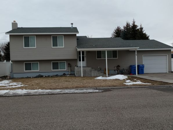 4 bed 3 bath Single Family at 215 S Austin Ave Sugar City, ID, 83448 is for sale at 219k - 1 of 28