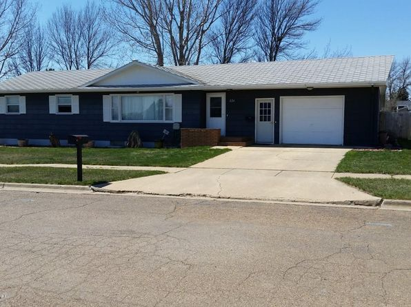 5 bed 2 bath Single Family at 226 E St N Richardton, ND, 58652 is for sale at 185k - 1 of 35