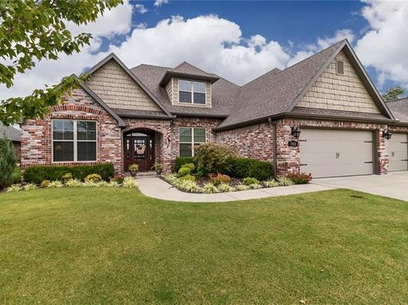 4 bed 3 bath Single Family at 7868 Buona Sera St Springdale, AR, 72762 is for sale at 345k - 1 of 30
