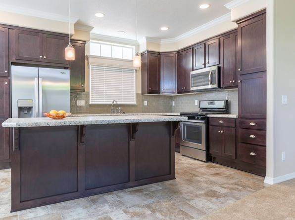 3 bed 2 bath Single Family at 42629 Vanadium Pl Palm Desert, CA, 92260 is for sale at 285k - 1 of 26