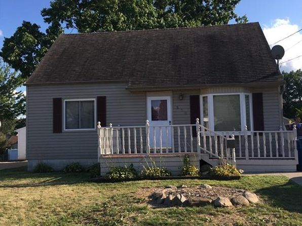3 bed 2 bath Single Family at 570 E Lake Ave Barberton, OH, 44203 is for sale at 100k - 1 of 26