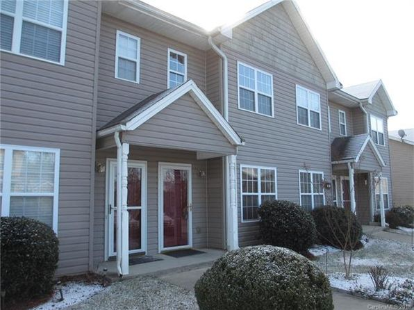 2 bed 3 bath Townhouse at 25 Stafford Ct Fletcher, NC, 28732 is for sale at 140k - 1 of 13
