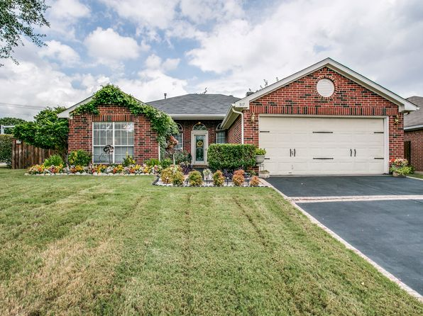3 bed 2 bath Single Family at 917 Winterwood Ct Arlington, TX, 76017 is for sale at 185k - 1 of 25