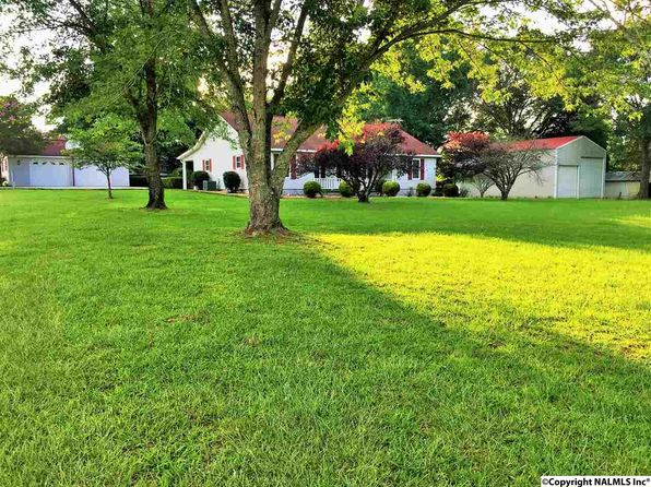 3 bed 2 bath Single Family at 5545 County Road 434 Trinity, AL, 35673 is for sale at 146k - 1 of 34