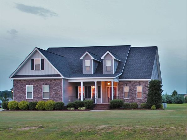 3 bed 2.5 bath Single Family at 800 Braswell Rd Goldsboro, NC, 27530 is for sale at 215k - 1 of 27