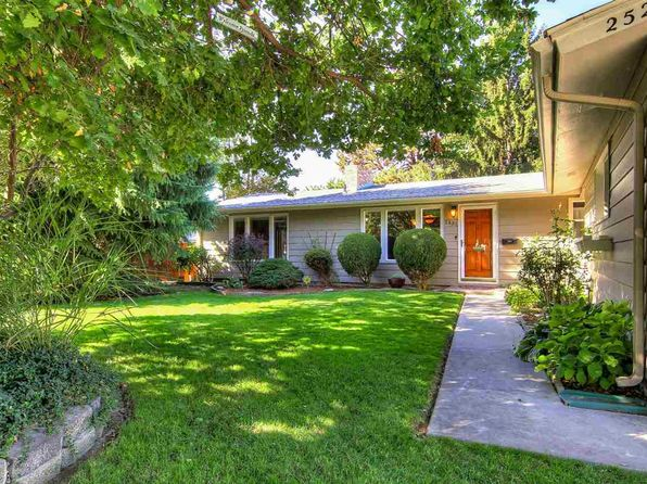 3 bed 2 bath Single Family at 2521 N Redway Rd Boise, ID, 83704 is for sale at 246k - 1 of 25