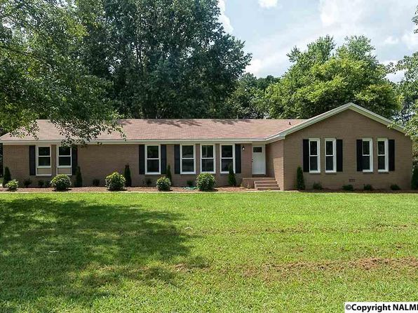 4 bed 2 bath Single Family at 604 Winchester Rd NE Huntsville, AL, 35811 is for sale at 149k - 1 of 23
