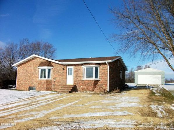 2 bed 1 bath Single Family at 3864 E River Rd Freeport, IL, 61032 is for sale at 107k - 1 of 25