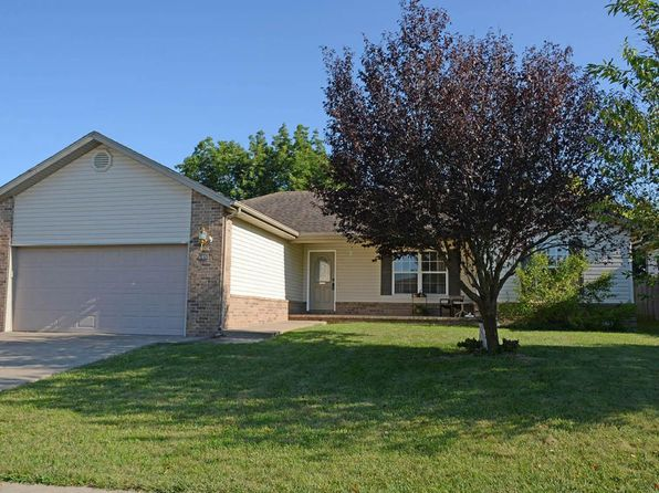 3 bed 2 bath Single Family at 4406 W Juno St Springfield, MO, 65802 is for sale at 128k - 1 of 26
