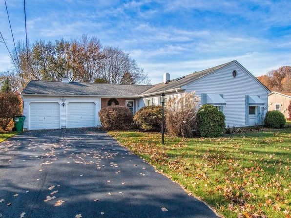 3 bed 2 bath Single Family at 5520 Winfield Dr Mentor, OH, 44060 is for sale at 170k - 1 of 35
