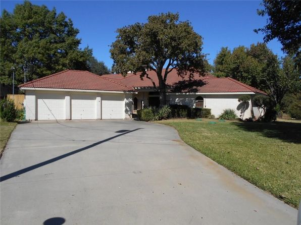 4 bed 4 bath Single Family at 11139 Stanfield Rd Azle, TX, 76020 is for sale at 460k - 1 of 52