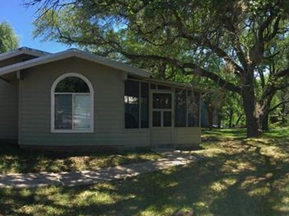 2 bed 1.5 bath Single Family at 102 Beach Dr Sunrise Beach, TX, 78643 is for sale at 369k - 1 of 40