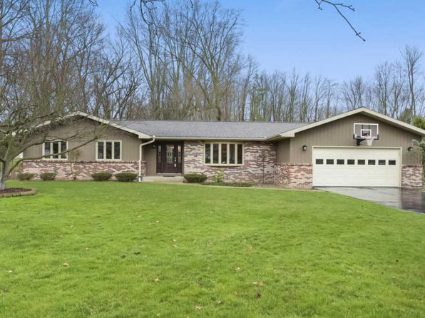 3 bed 1.5 bath Single Family at 817 Irwin Ave Albion, MI, 49224 is for sale at 155k - 1 of 32