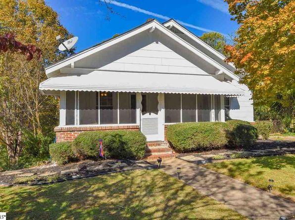 2 bed 1 bath Single Family at 11 Circle St Travelers Rest, SC, 29690 is for sale at 98k - 1 of 19