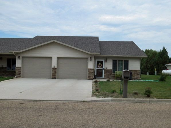 2 bed 2 bath Townhouse at 303 8th Ave SE Rugby, ND, 58368 is for sale at 220k - 1 of 11