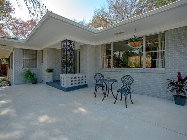 3 bed 2 bath Single Family at 737 N HAMPTON RD DALLAS, TX, 75208 is for sale at 399k - 1 of 29