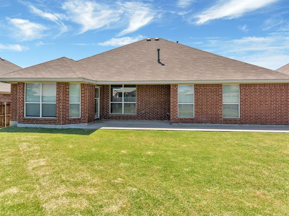 3 bed 2 bath Single Family at 10132 Red Bluff Ln Fort Worth, TX, 76177 is for sale at 215k - 1 of 38