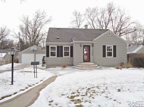 4 bed 2 bath Single Family at 1509 W 29th St Sioux Falls, SD, 57105 is for sale at 180k - 1 of 20